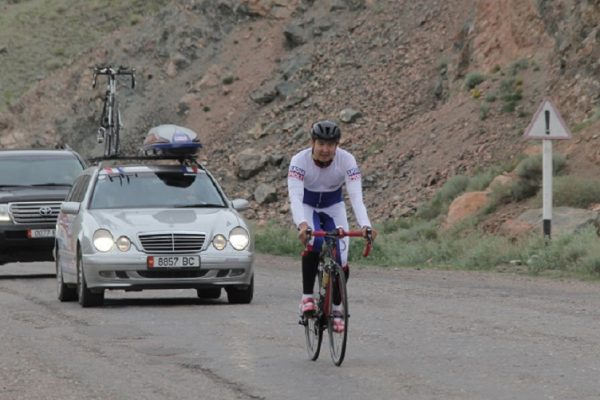 Мега событие года — Вело марафон «Ынтымак» преодолел две трети пути!