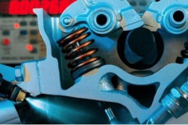 Промывка системы впрыска (инжектора) на оборудовании и с использованием автомобильной химии компании Liqui Moly.