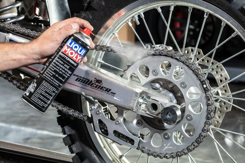 Еще один продукт без которого не обойдется ни один мотоциклист.